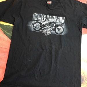 Harley Davidson t shirt , L